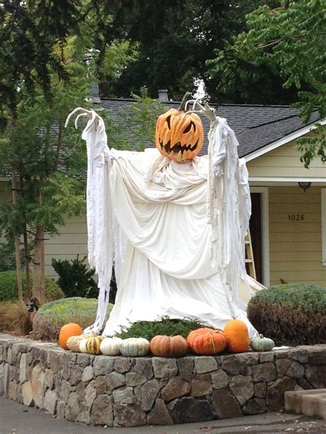 outdoor decorations 48 creepy outdoor halloween decoration ideas