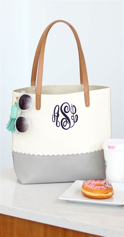 basic scalloped tote bag  marleylilly shop