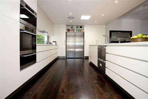 Side Kitchen by Graceville Luxury Kitchen By Makings Of Kitchens