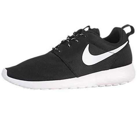 Nike Rhose Run Abu Abu nike s rosherun black white volt running shoe 10