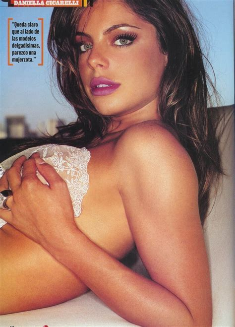 Model Daniela Cicarelli Wallpapers