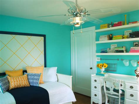 calming paint colors  bedroom amaza design