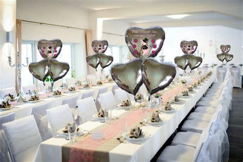 neujahr dekoration dekoration silvester f 252 r gastgeber gastronomie und