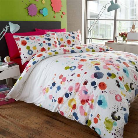 paint splatter bedding 17 best ideas about splatter paint bedroom on pinterest