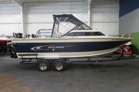 offshore boats for sale michigan sylvan 2300 offshore 2001 used boat for sale in kalamazoo