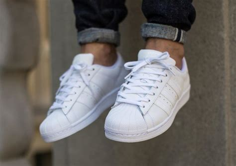 Sepatu Adidas Superstar Cewe Cowo Sneakers Cewek Cowok sepatu sneakers related keywords suggestions sepatu sneakers keywords