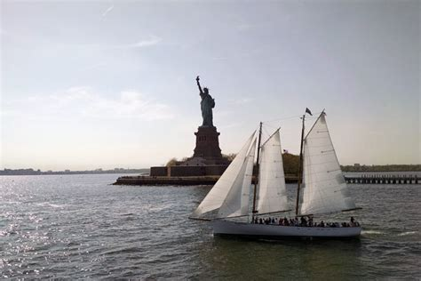 nyc boat cruise chelsea piers nyc sailing on schooner adirondack out of chelsea piers