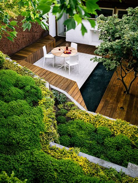 Garden Ideas For A Small Garden Ideas Landscaping For Small Backyard Modern Hill House Design With Sloping Garden Plants And