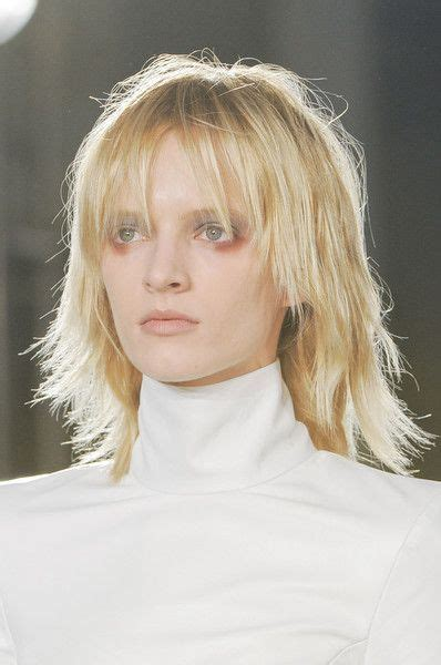 easy care shag haircuts easy care shaggy razored length hairstyles for straight