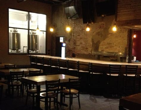 bowling alley bar top rock run brewery opens in liberty on december 18
