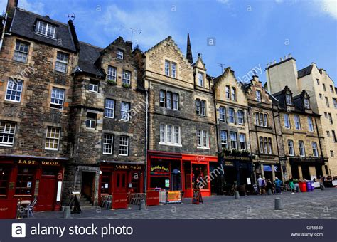 buying a house in edinburgh scotland edinburgh old town houses in the grassmarket