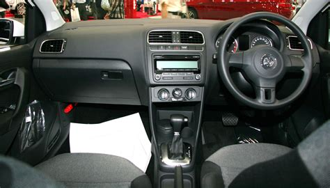 volkswagen polo modified interior file volkswagen polo v interior jpg wikimedia commons