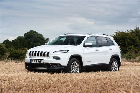 jeep car 2015 jeep cherokee limited 2015 review auto express