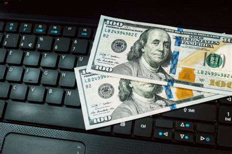 Online Money Making Tips - the top online money making tips from the pros