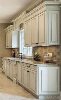 1000 ideas about painted kitchen cabinets on pinterest best 20 off white cabinets ideas on pinterest off white