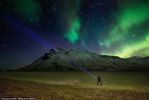 northern lights iceland march photographer giovanna griffo captures northern lights in