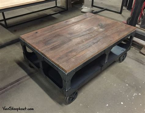 oude industriele salontafel meer dan 1000 idee 235 n over industri 235 le salontafels op