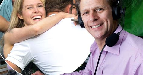 Gf Wilsi andrew castle apologises for sexist comments about tennis player s at wimbledon