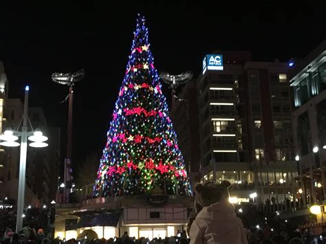 gallery christmas tree lighting ceremony at national
