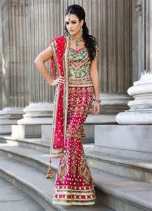 lancha dress pin special offer price 109995 on