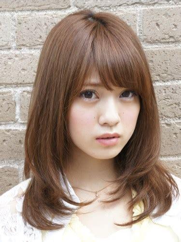 view  potongan rambut pendek wanita gif style rambut