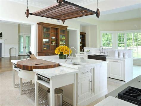 Round Prep Sink   French   kitchen   Benjamin Moore Ballet