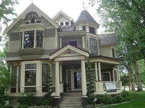 Victorian Style House by How To Paint A Victorian Style Home