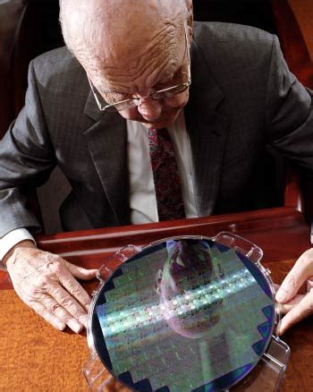 kilby from instruments invented the world s integrated circuit s kilby photo gallery