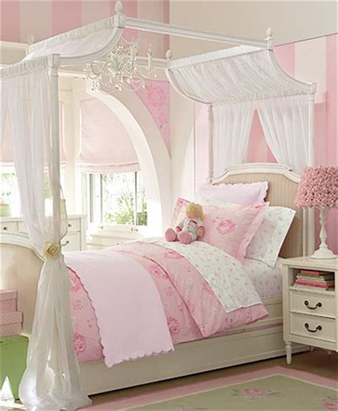 small girls bedroom kids room girls accordingtodina