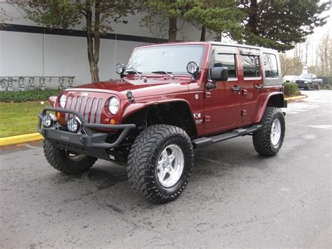 jeep wrangler maroon lifted 2007 jeep wrangler unlimited 4x4 6 speed top lifted