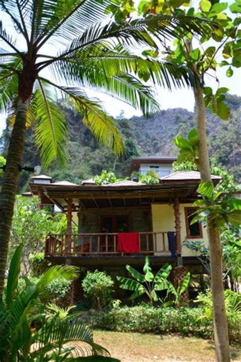 railay cabana bungalows 19 railay guesthouses and hotels travelfish org