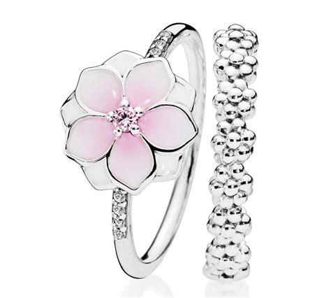 anelli con fiori 17 migliori idee su anelli di fiori su