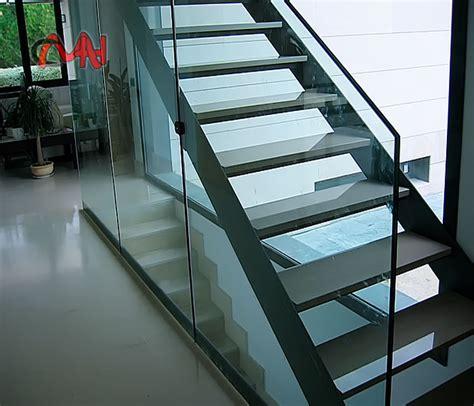 escaleras metalicas interiores escaleras metalicas interiores escalera en l con zanca