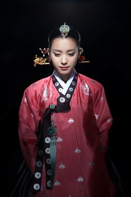 korean actresses    gorgeous  hanboks soompi