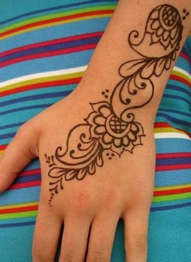 beginner tattoo best 25 beginner henna designs ideas only on