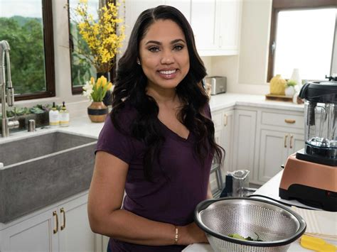 World Market Dining Room Table by 77 Meet Nba Wife Cook And Mom Ayesha Curry Stephen