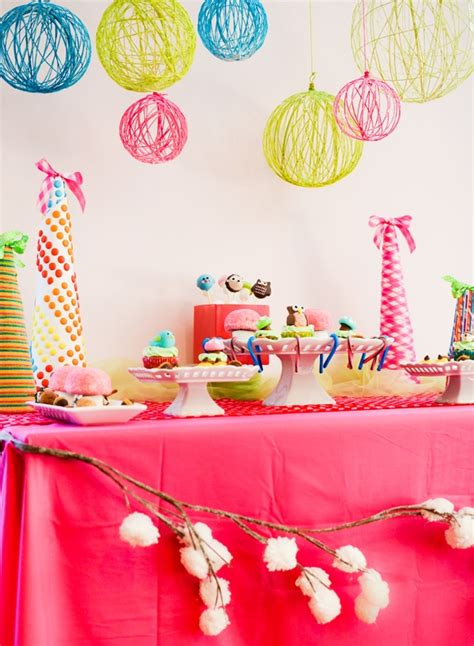 Hanging Party Decor For The Perfect Summer Bash | hanging party decor for the perfect summer bash diy