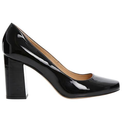 dune agaze block heel court shoes in black lyst