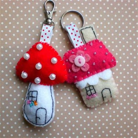 Handmade Keychain Ideas - best 10 felt keychain ideas on feltro kawaii