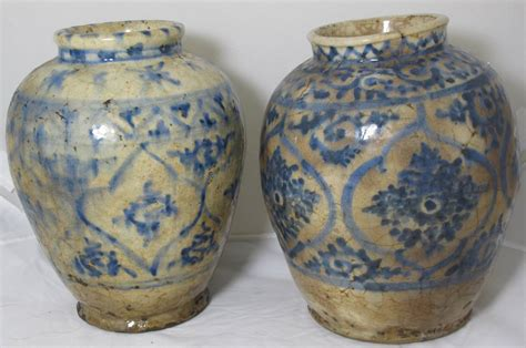 Decorative Spice Jars Two 16th Century Mamluk Blue And White Spice Jars At 1stdibs