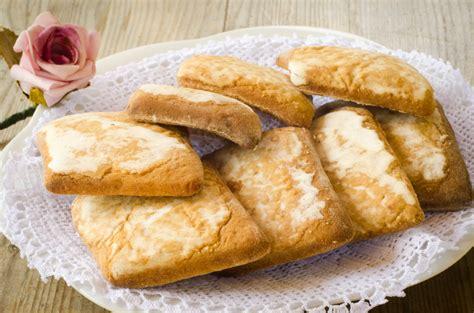 dolci diversi mostaccioli un nome biscotti diversi
