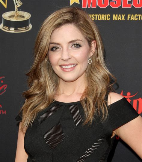 whats jen lilley natural hair color jen lilley hairstyle jen lilley medium straight formal
