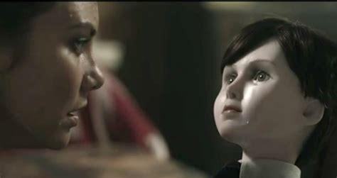 film horor untuk anak film the boy film horor tentang boneka yang ingin diperha