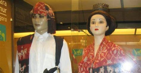 Baju Adat Ende Flores fashion pakaian adat nusa tenggara timur ntt