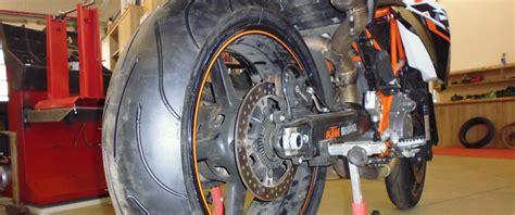 Motorrad Reifen Service by Motorrad Reifen Top Service Bei Heba Reifen