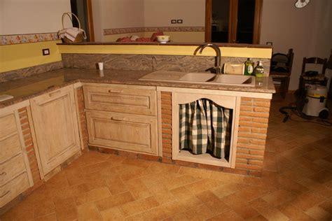 cucine in muratura firenze cucina in vera muratura pp cm003 mobili su misura a
