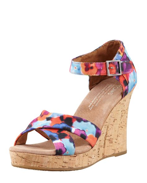 toms strappy wedge sandal toms printed hemp strappy wedge sandal in multicolor oahu