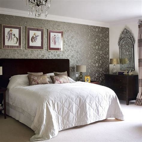 wallpaper bedroom ideas 40 beautiful wallpapers for a spring bedroom decor