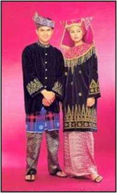 Baju Kurung Negeri Sembilan i m sarinun l mursaf segalanya antara dua dunia busana orang melayu mengikut setiap negeri di