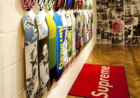 where to buy supreme clothing buy supreme clothing shop 55